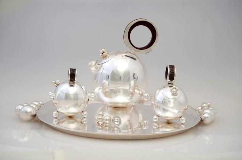 Bubbles Tea Service,  *Private Collection